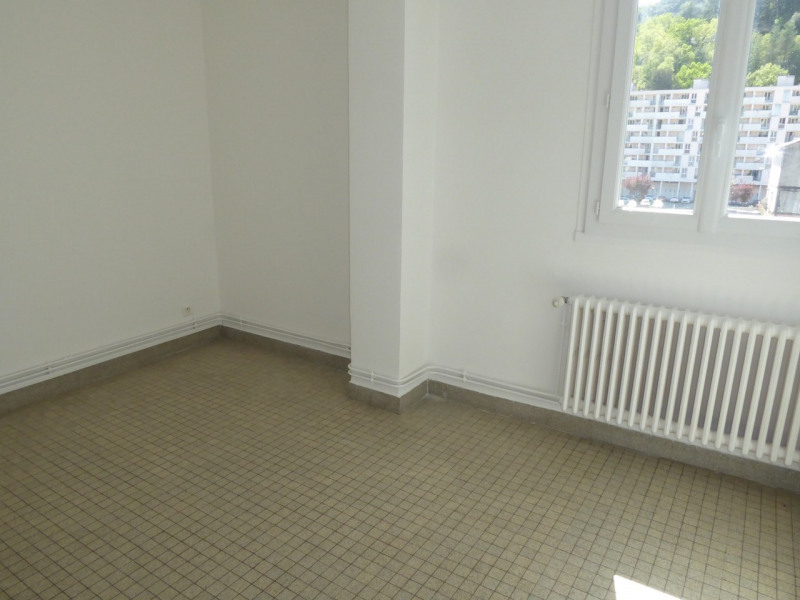 Location appartement Vals-les-bains 506€ CC - Photo 6
