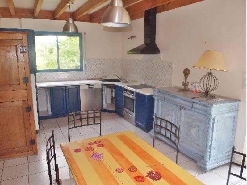 Location maison / villa Gan 870€ CC - Photo 2