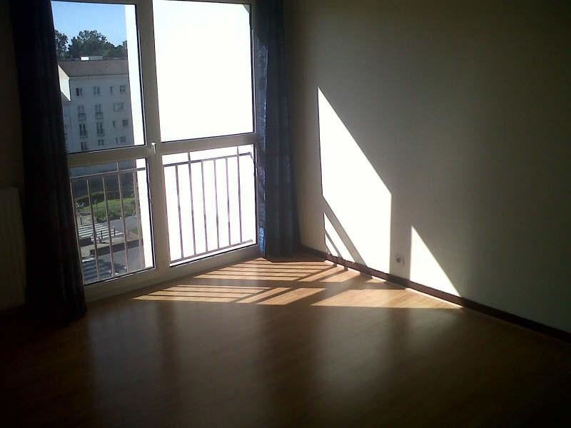 Location appartement Maurepas 574€ CC - Photo 3