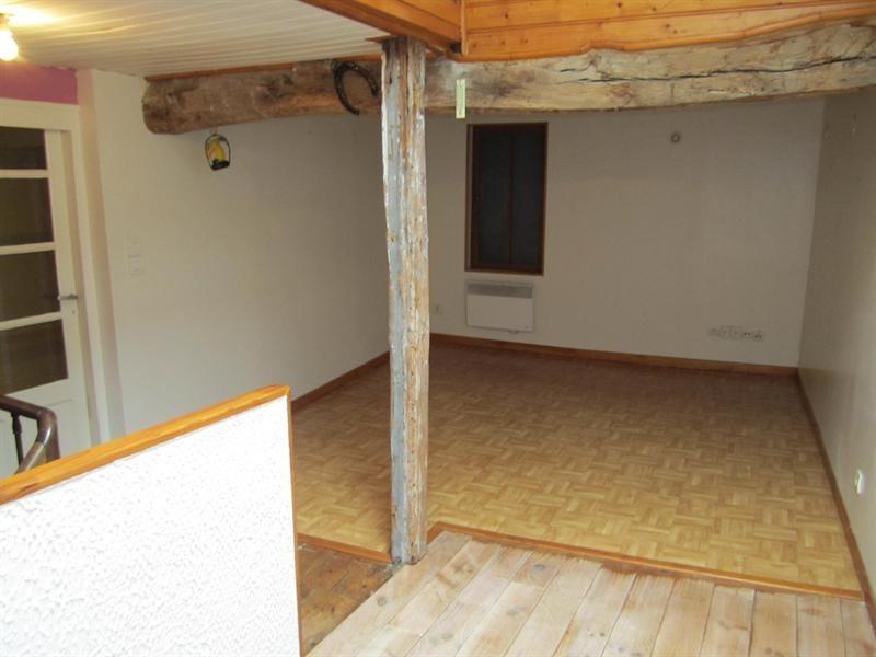 Sale house / villa Barbezieux saint-hilaire 84000€ - Picture 3