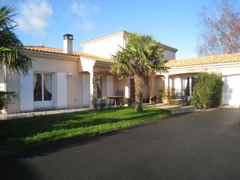 Deluxe sale house / villa Les mathes 725000€ - Picture 1