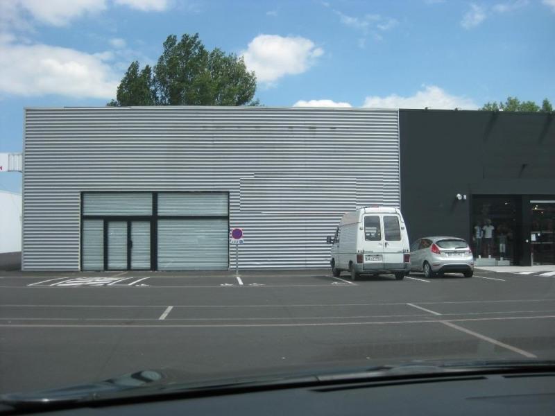 Location Boutique Cébazat 0