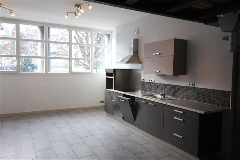 Location appartement Sallanches 750€ CC - Photo 1