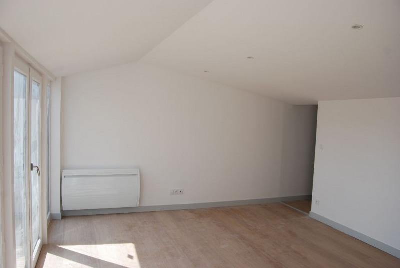 Sale apartment La rochelle 262500€ - Picture 2
