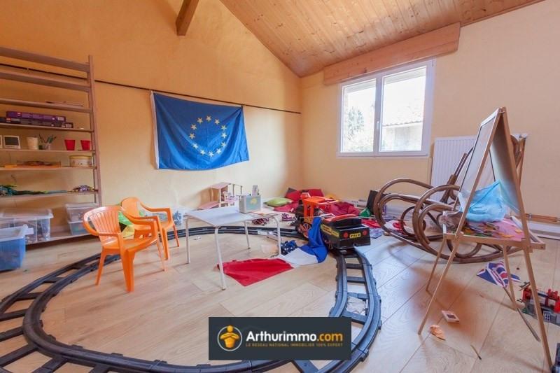 Sale house / villa Bourgoin jallieu 230000€ - Picture 8
