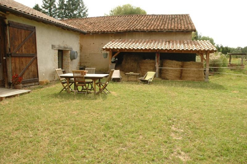 Sale house / villa Melay 179 000€ - Picture 1