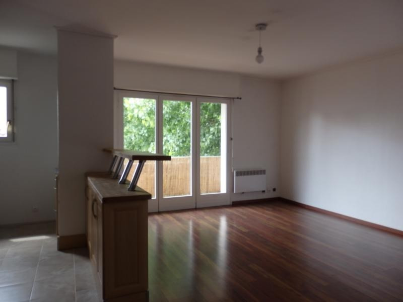 Rental apartment Bischheim 570€ CC - Picture 2