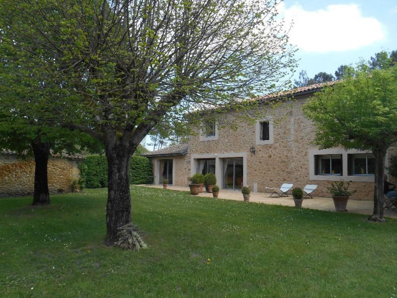 Vente maison / villa Guillos 392000€ - Photo 1