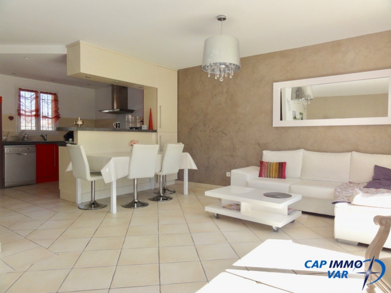 Vente appartement Le beausset 289 000€ - Photo 1