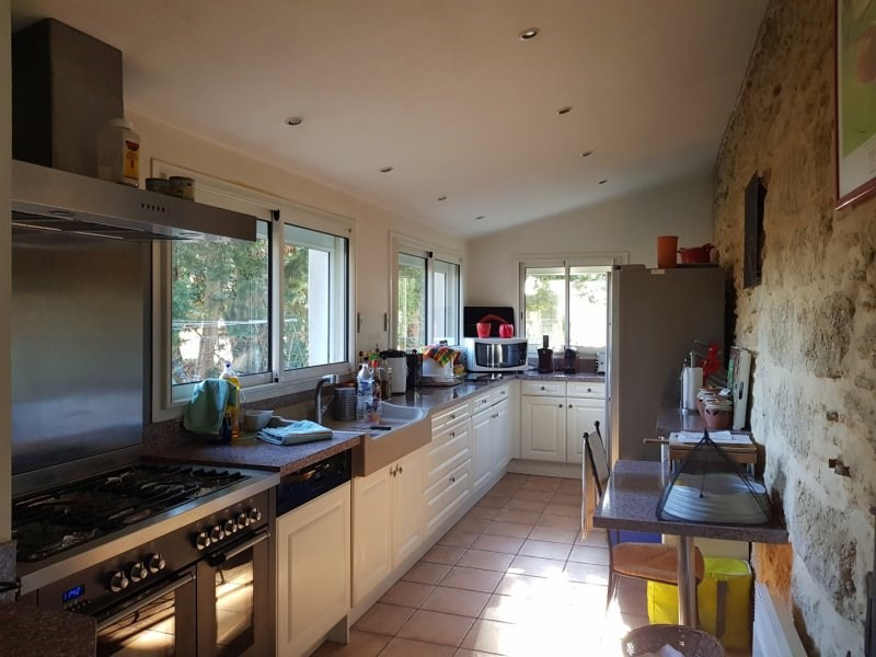 Deluxe sale house / villa Barbentane 585000€ - Picture 4