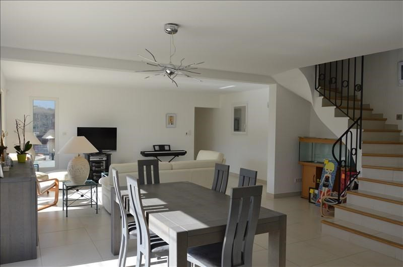 Sale house / villa Pernes les fontaines 499000€ - Picture 2