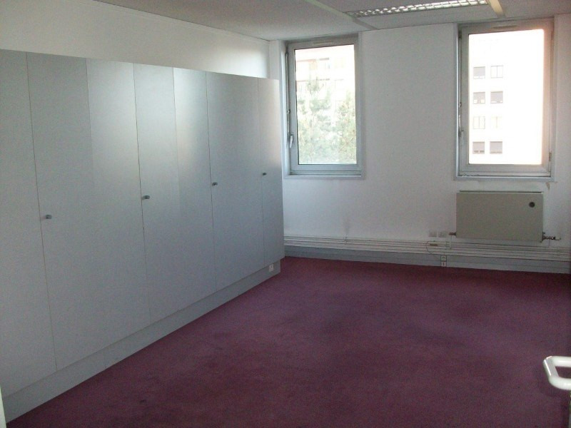 Sale empty room/storage Roanne 142 500€ - Picture 3