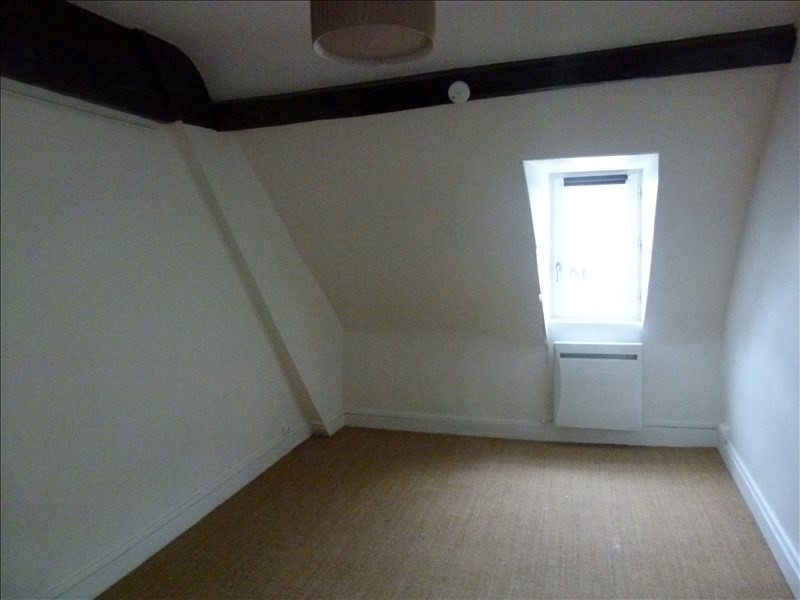 Location appartement Montfort l amaury 650€ CC - Photo 3
