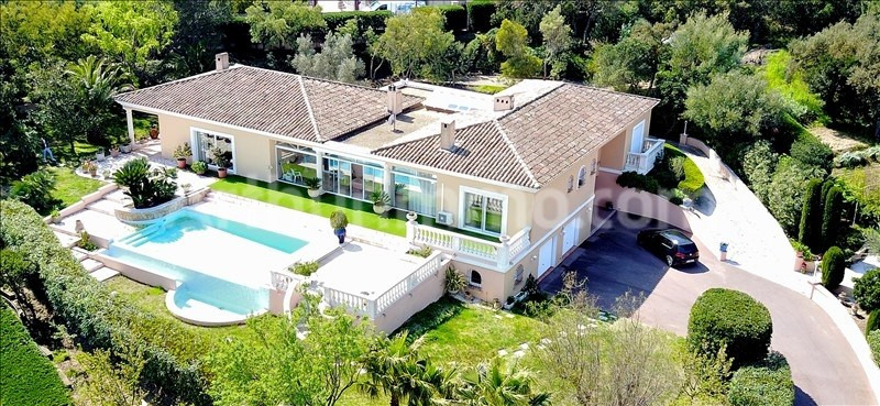 Deluxe sale house / villa St aygulf 1650000€ - Picture 2