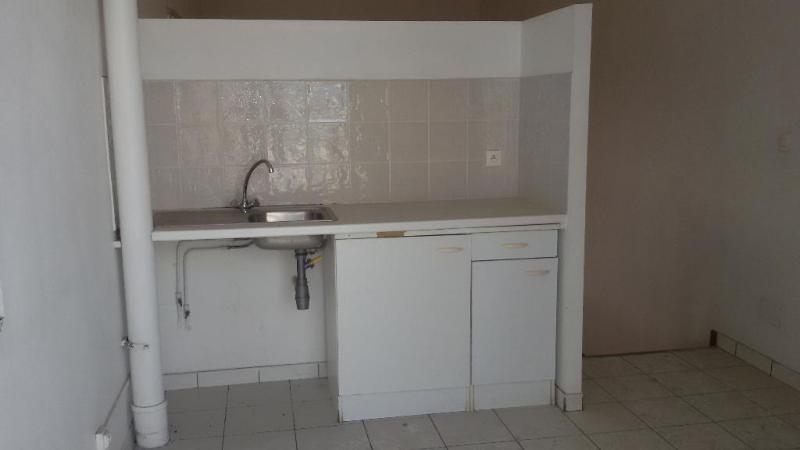 Sale apartment Fort de france 88000€ - Picture 3