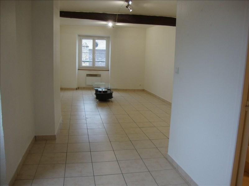 Rental apartment St vrain 470€ CC - Picture 1