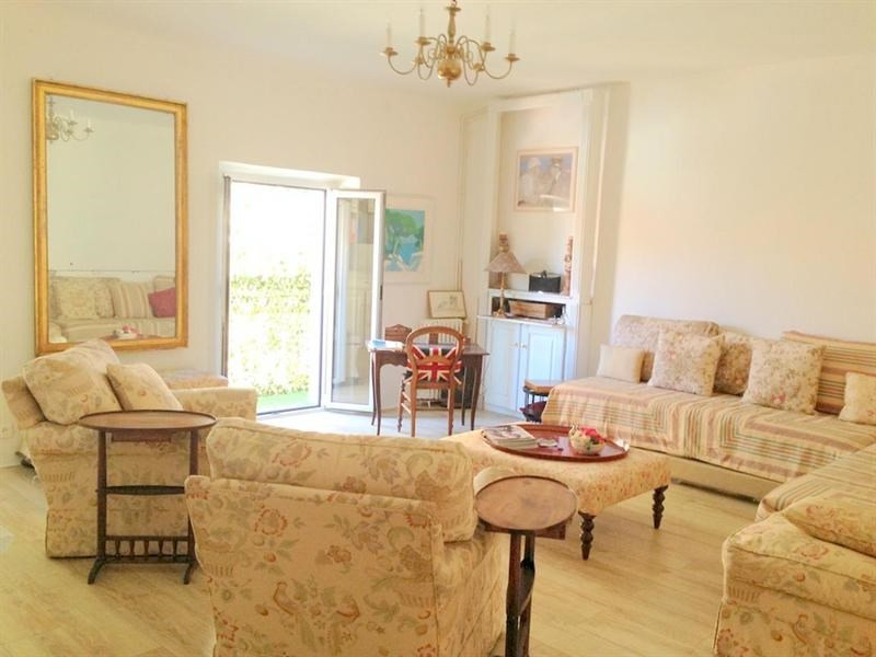 Sale apartment Nice 320 000€ - Picture 3