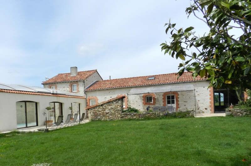 Sale house / villa Cholet 446100€ - Picture 1