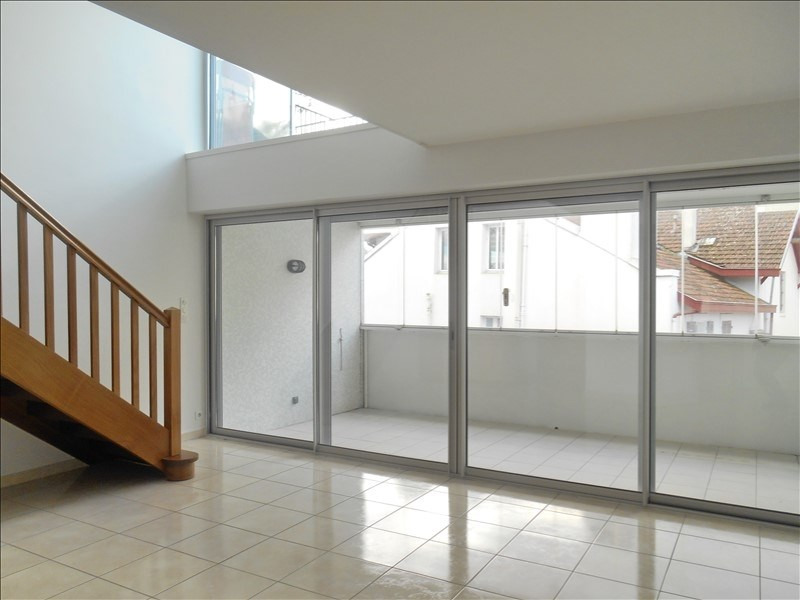 Sale apartment Bayonne 375000€ - Picture 2