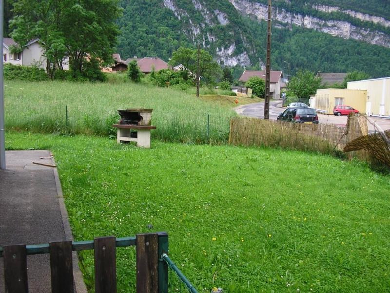 Location maison / villa Les neyrolles 668€ +CH - Photo 6