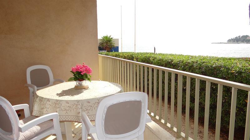 Vacation rental apartment Cavalaire sur mer 700€ - Picture 3