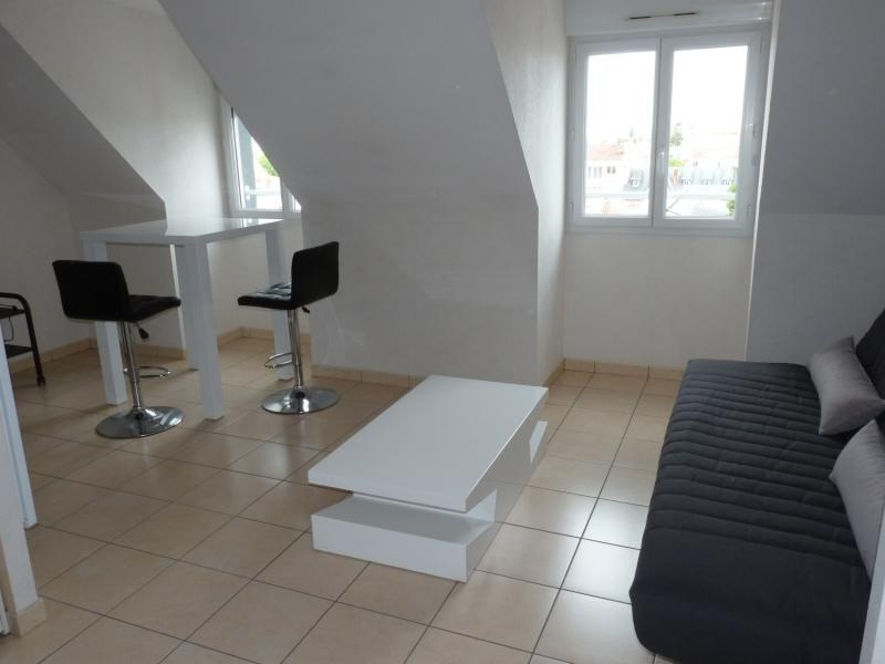 Location appartement La roche sur yon 402€ CC - Photo 1