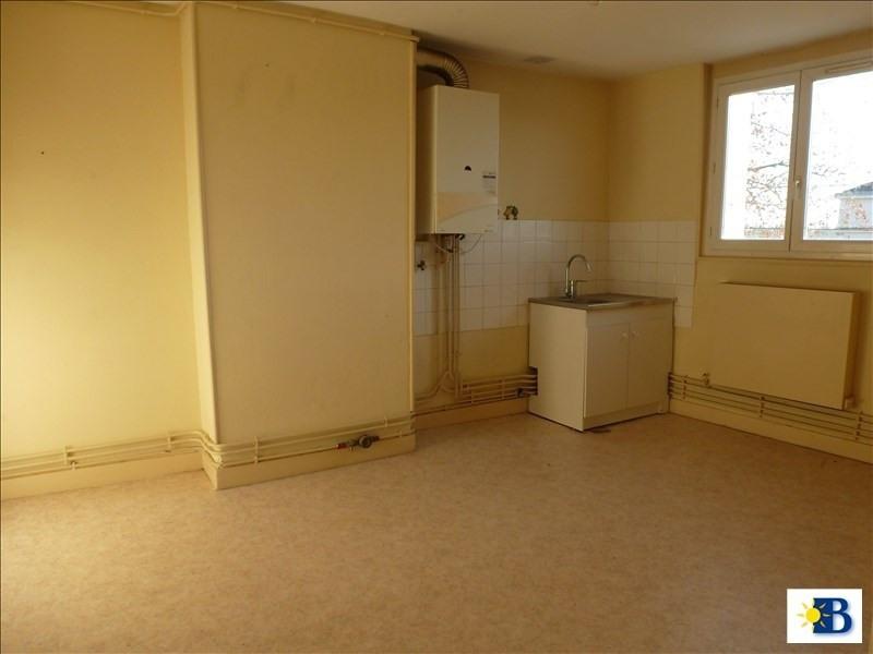 Location appartement Chatellerault 312€ CC - Photo 1