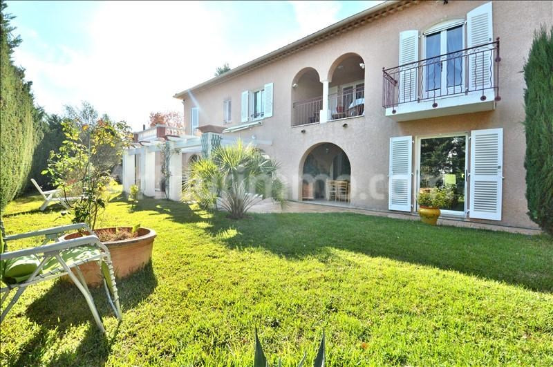 Deluxe sale house / villa St aygulf 548000€ - Picture 2