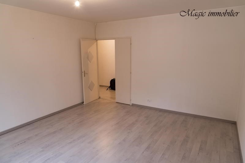 Rental apartment Nantua 595€ CC - Picture 2