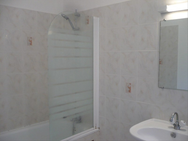Location maison / villa La plaine sur mer 850€ CC - Photo 4