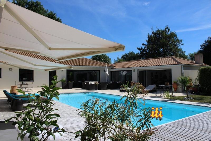 Vente de prestige maison / villa Vaire 654000€ - Photo 1