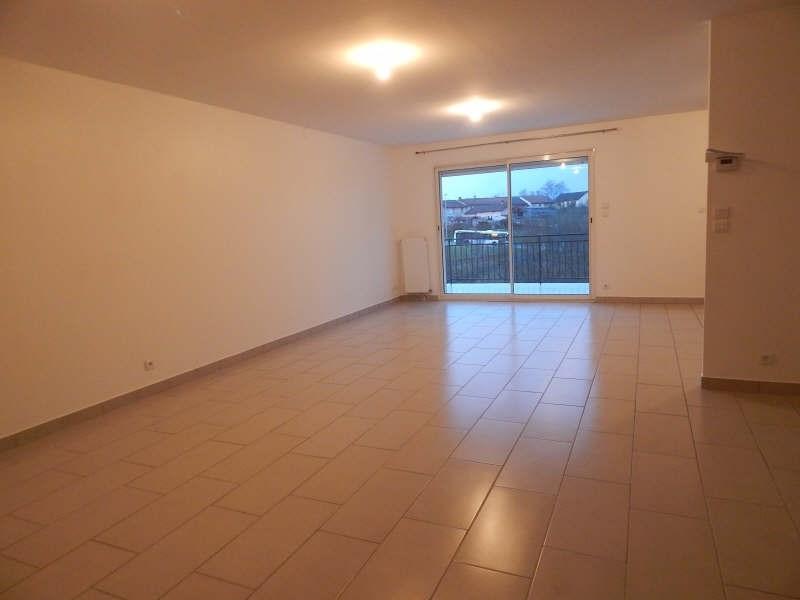 Rental house / villa Isle 950€ CC - Picture 6