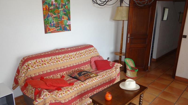 Location vacances appartement Cavalaire 900€ - Photo 8
