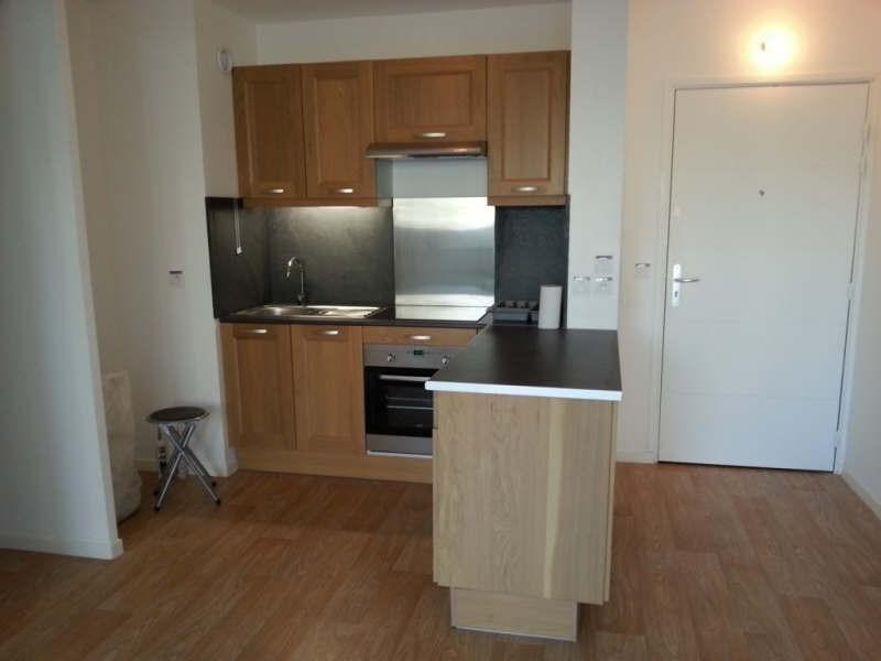 Rental apartment Vernouillet 850€ CC - Picture 3