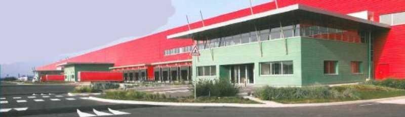 Location Local d'activités / Entrepôt Le Coudray-Montceaux 0