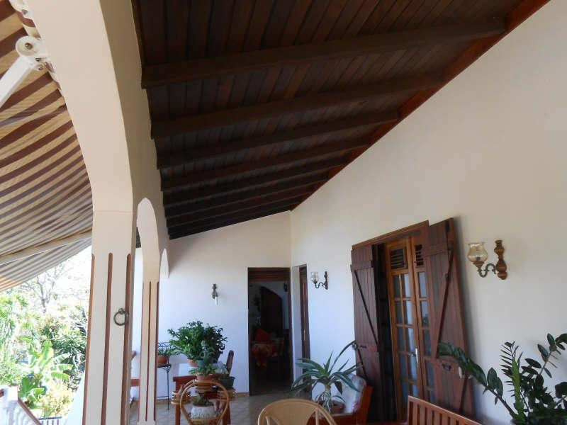 Investment property house / villa Vieux habitants 350 000€ - Picture 5