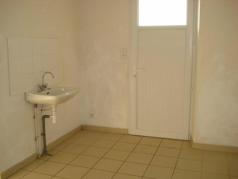 Rental house / villa Tillieres 760€ CC - Picture 5