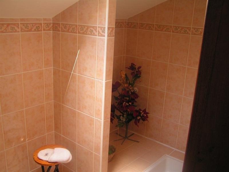 Sale house / villa Montguyon 265000€ - Picture 10