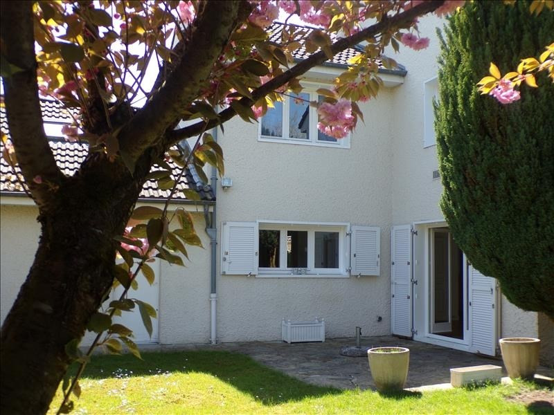 Locação casa Voisins le bretonneux 2250€ CC - Fotografia 1