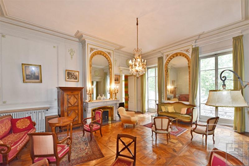 Appartement Lyon 2ème - 8 pièce (s) 319 m²