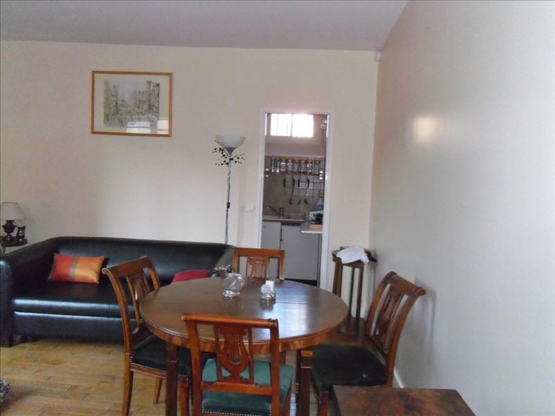 Rental apartment Paris 6ème 1575€ CC - Picture 1