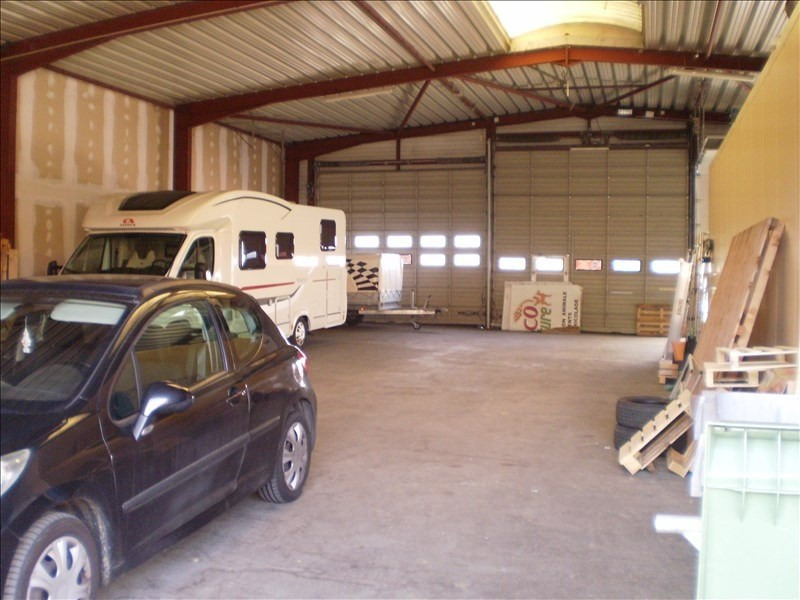Location local commercial Auch 1380€ HT/HC - Photo 3