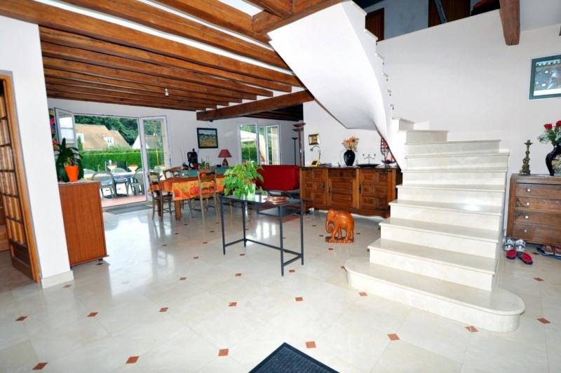 Sale house / villa St cheron 719000€ - Picture 5