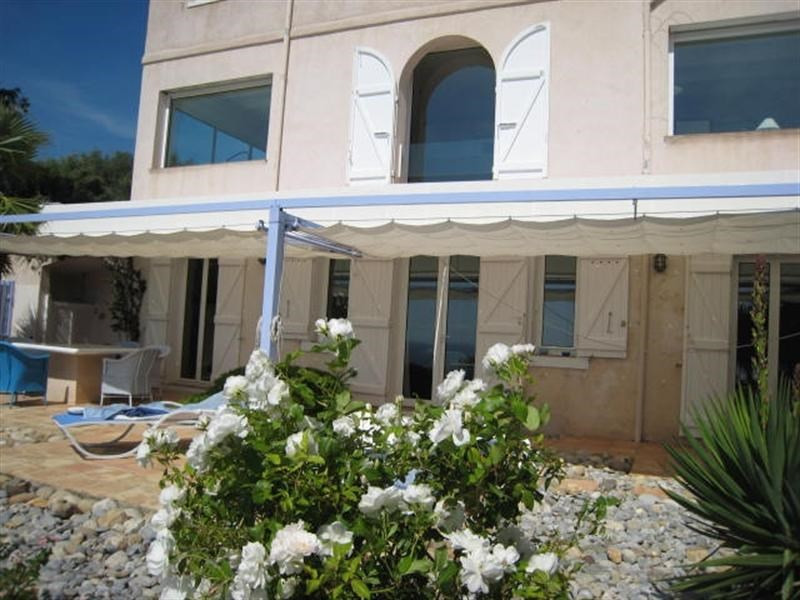 Vacation rental house / villa Cavalaire sur mer 3 500€ - Picture 15