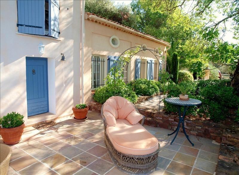 Vente de prestige maison / villa Le cannet des maures 2950000€ - Photo 10