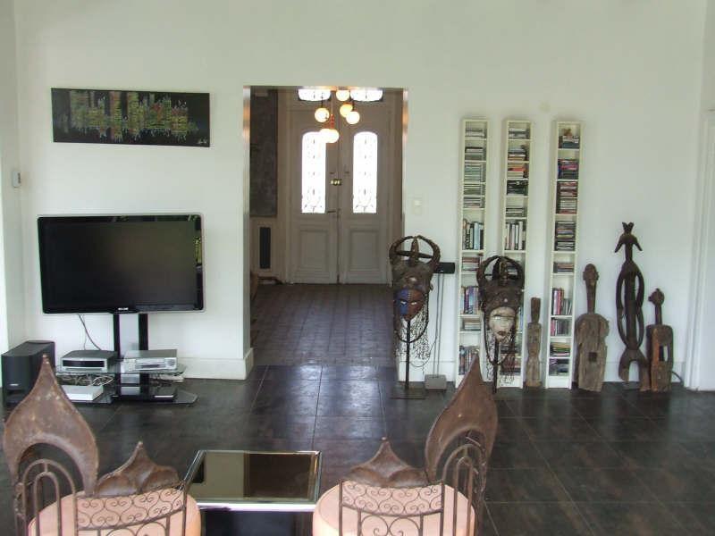 Sale house / villa Avesnes sur helpe 285000€ - Picture 2