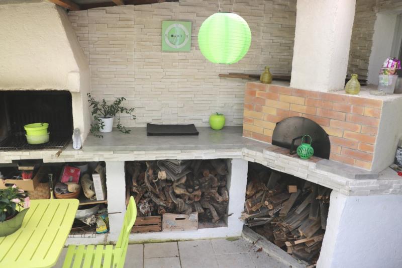 Vente maison / villa Le puy-sainte-réparade 352000€ - Photo 4