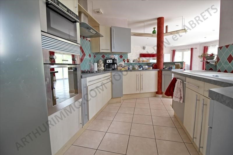 Sale house / villa Les abrets 342 000€ - Picture 5