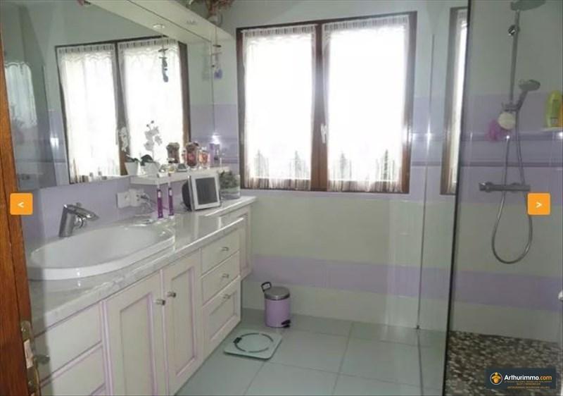Sale house / villa Bourgoin jallieu 258000€ - Picture 7