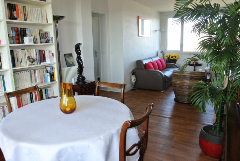 Sale apartment Le raincy 215 000€ - Picture 2